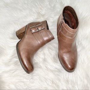 Clark's Double Strap Ankle Booties size 10